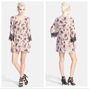 ASTR The Label Floral Lace Sleeve Shift Dress